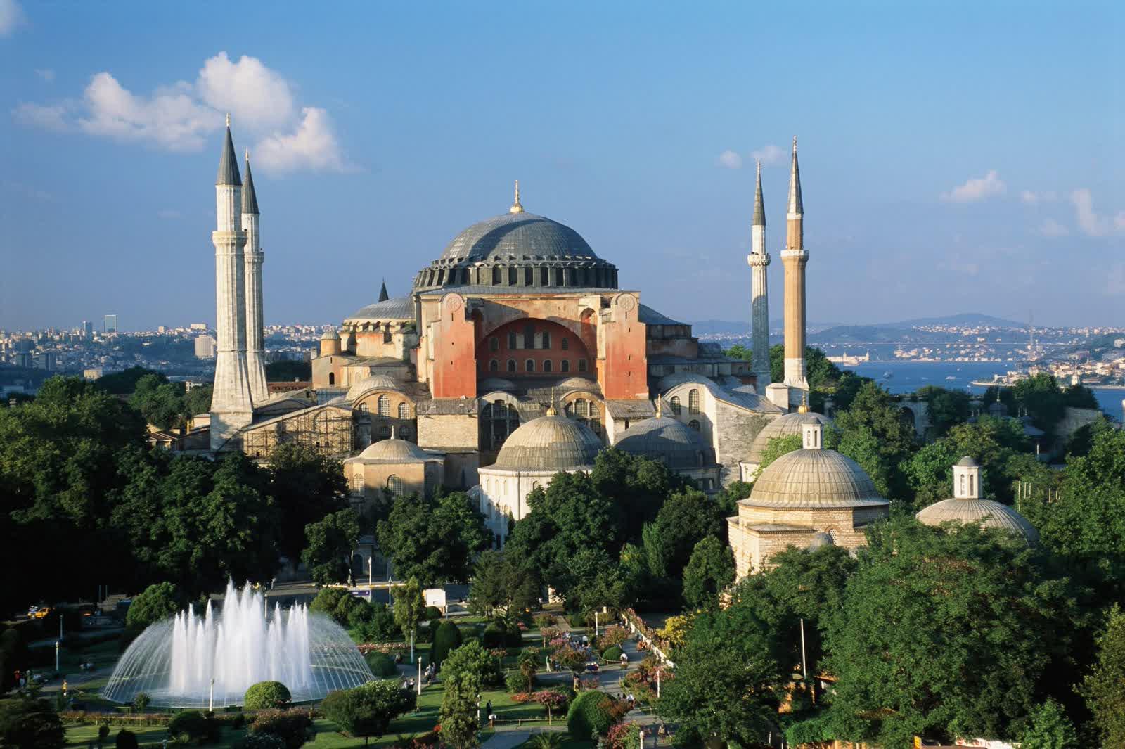 Paket Umroh Plus Istambul plus Bursa Februari 2016 Bekasi